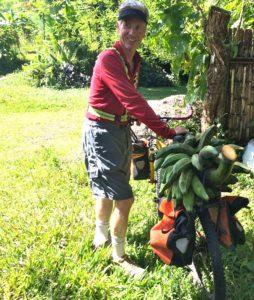 David hauls bananas